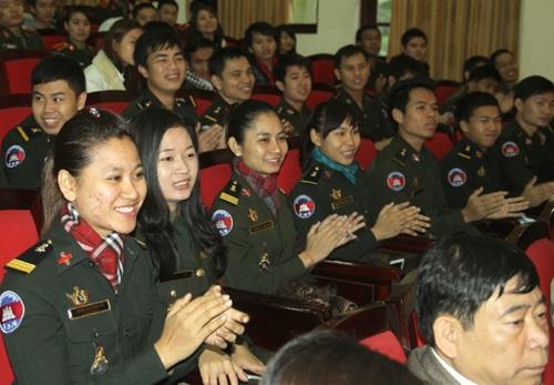 Lưu học sinh Campuchia tại buổi giao lưu. (Ảnh: Báo QĐND)
