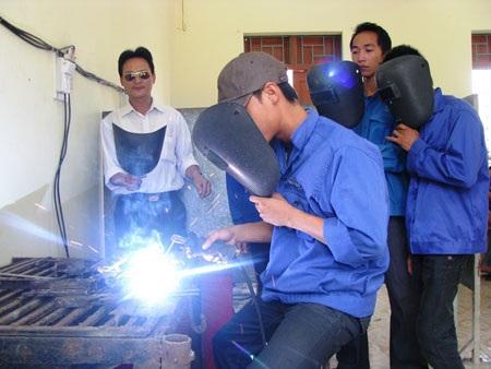 Công tác hướng nghiệp học nghề hiện nay, nhiều địa phương, trường học còn thờ ơ