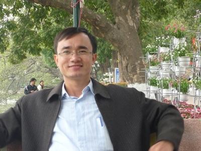 Thầy giáo Nguyễn Mạnh Nghĩa, Khoa Vật lí, Trường Đại học Sư Phạm HN