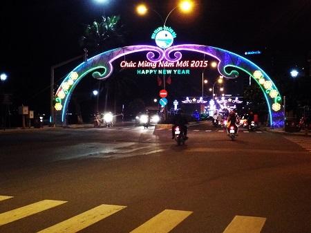 Nha Trang chào năm mói 2015 và không có tình trạng ách tắc đường.