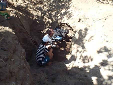 Gia đình ông Xê đã phát hiện tổng cộng 24 bộ hài cốt.