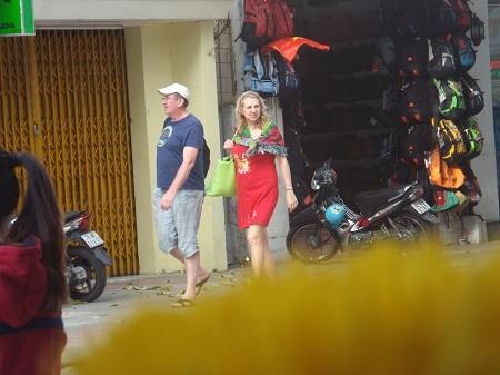 Sắc xuân ở phố Tây Nha Trang.