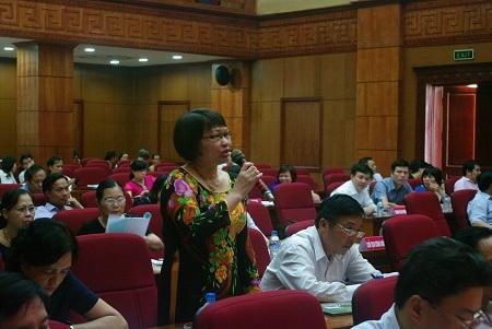 Các đại biểu đến từ các Sở GD-ĐT vùng 1 bày tỏ những băn khoăn, lo