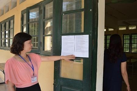 Mỗi phòng thi đều dán công khai quy chế để quán triệt thí sinh
