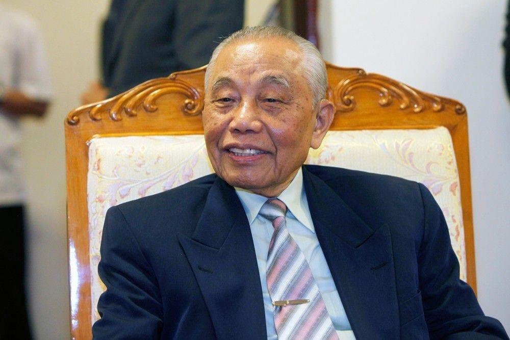 Nguyên Ủy viên Bộ Chính trị, Nguyên Phó Thủ tướng Chính phủ, Chủ tịch Danh dự Hội Khuyến học Việt Nam Nguyễn Mạnh Cầm đã có mặt tại đêm trao giải. (Ảnh: Việt Hưng)