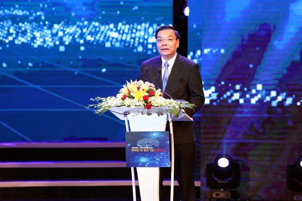 Ông Chu Ngọc Anh - Ủy viên Trung ương Đảng, Bộ trưởng Bộ Khoa học & Công nghệ phát biểu trao giải Khoa học công nghệ. (Ảnh: Hữu Nghị)