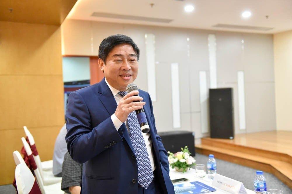 Phó Tổng Giám đốc Vietnam Airlines mời các nhân tài, các nhóm tác giả đoạt giải của Nhân tài Đất Việt hợp tác với Vietnam Airlines