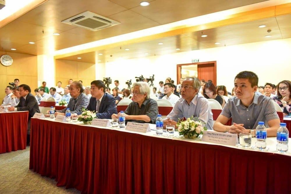 Các đại biểu dự họp báo đều đánh giá cao Giải thưởng Nhân tài Đất Việt