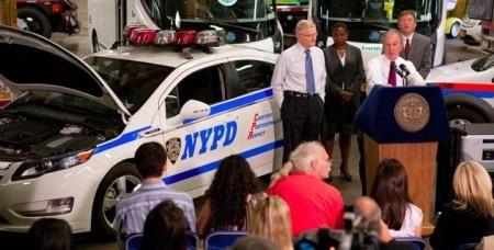 Cảnh sát New York sử dụng ô tô chạy điện - 1