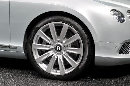 Bentley Continental GTC thổi luồng gió mới - 5