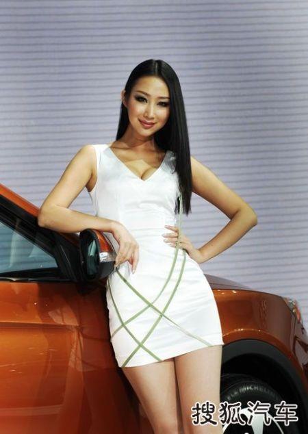 Người đẹp tại Triển lãm ô tô Quảng Châu (2) - 9