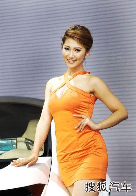 Người đẹp tại Triển lãm ô tô Quảng Châu (2) - 16