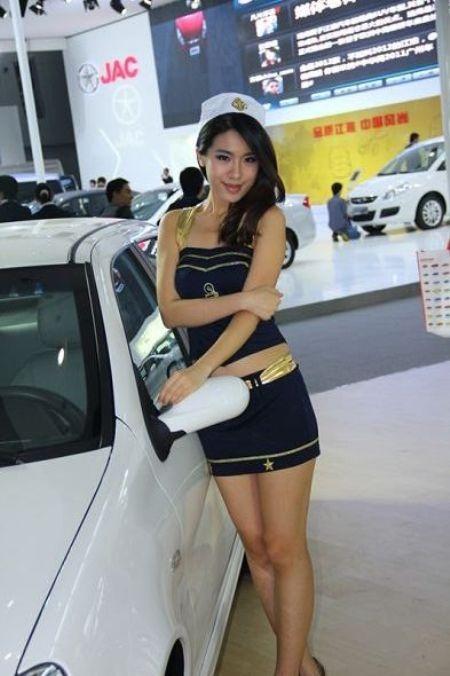 Người đẹp tại Triển lãm ô tô Quảng Châu (2) - 8