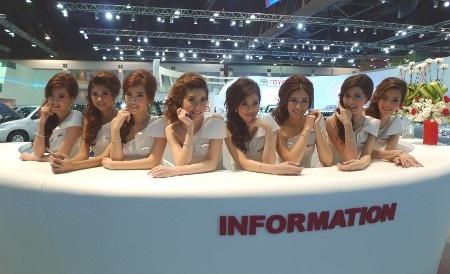 Bóng hồng tại Bangkok Motor Show 2012 - 27