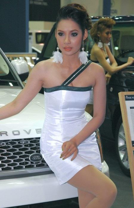 Bóng hồng tại Bangkok Motor Show 2012 - 22