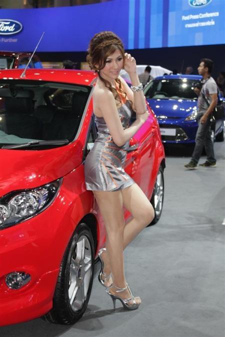 Bóng hồng tại Bangkok Motor Show 2012 - 9