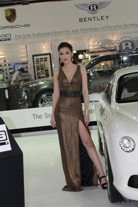 Bóng hồng tại Bangkok Motor Show 2012 - 10