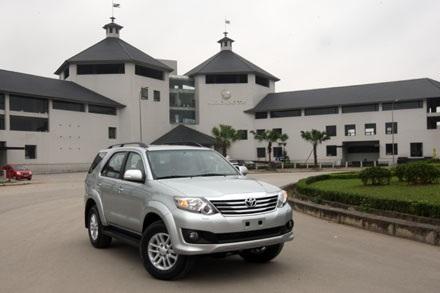Toyota giữ vững vị trí của mình tại Việt Nam, bất chấp sự biến động của thị trường