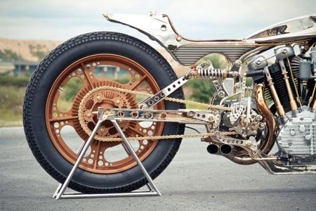 Bộ vành 19 inch do hãng Thunderbike tự chế tạo