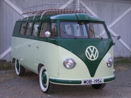 Xe Volkswagen Kombi có mặt trên thị trường từ năm 1950