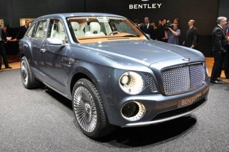Bentley từng giới thiệu một mẫu SUV tại Triển lãm ô tô