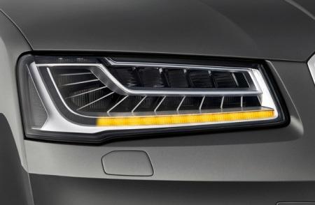 Công nghệ đèn LED chống lóa của Audi A8