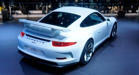 Porsche ngừng bán xe 911 GT3 sau hai vụ cháy