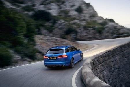 Download trọn bộ hình nền độ phân giải cao mẫu xe XFR-S Sportbrake hoàn toàn mới của Jaguar