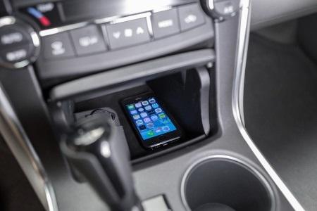 Toyota Camry 2015 chính thức ra mắt