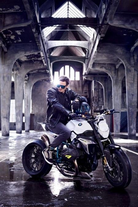 BMW Concept Roadster ra mắt với động cơ Boxer