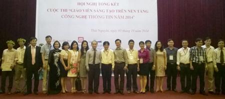 Những giáo viên tham gia cuộc thi Giáo viên sáng tạo trên nền tảng CNTT năm 2015.