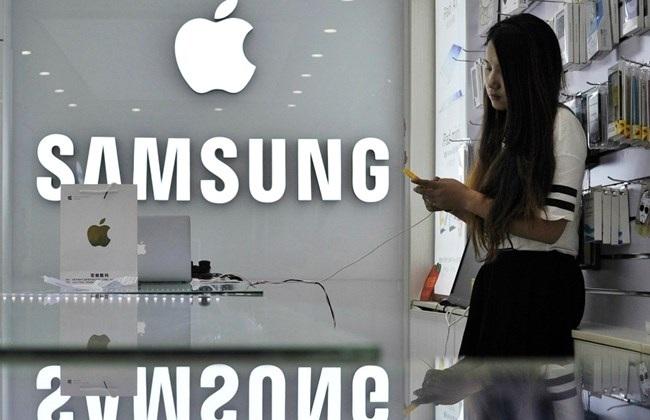 """Samsung bắt tay Apple trong một thương vụ """"khủng"""""""
