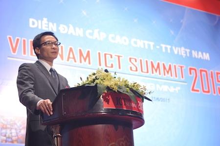 Phó Thủ tướng Vũ Đức Đam phát biểu tại sự kiện ICT Summit 2015.