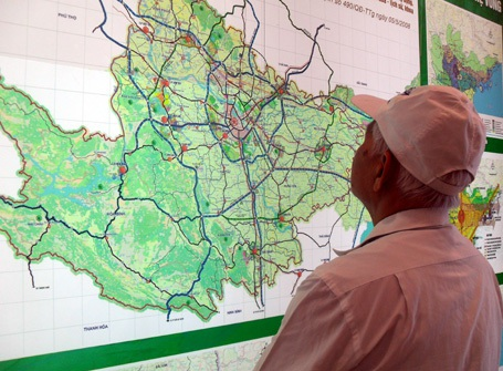 Hàng ngàn người đến xem quy hoạch chung Thủ đô - 5