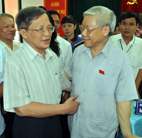 Tổng Bí Thư Nguyễn Phú trọng trong buổi tiếp xúc cử tri Hà Nội