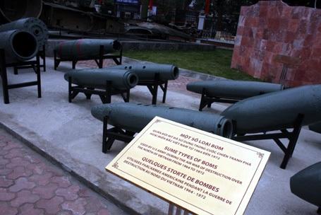 Một số loại bom B52 mang theo khi đánh phá Hà Nội