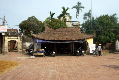 Kiến trúc độc đáo ở làng cổ Đường Lâm