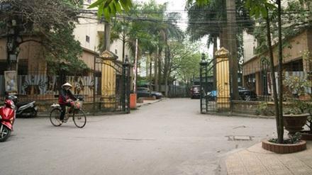 Khu nhà công vụ ở Hoàng Cầu (Hà Nội)