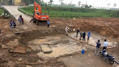Khu vực xảy ra vỡ đường ống dẫn nước sạch sông Đà về Hà Nội