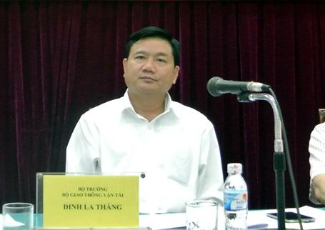 Bộ trưởng Bộ GTVT Đinh La Thăng chỉ đạo tại hội nghị