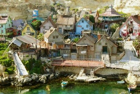 Độc đáo ngôi làng thủy thủ Popeye