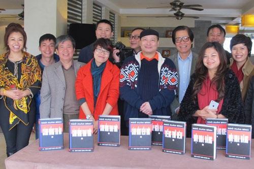 GS Ngô Xuân Bính gặp gỡ thân mật với bạn bè, học trò và phóng viên