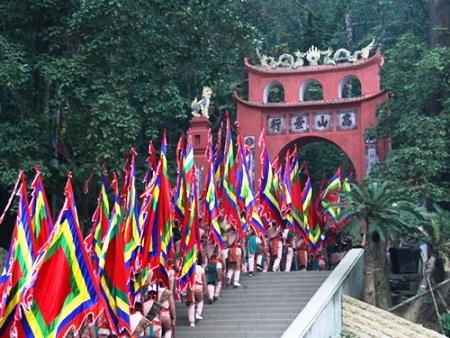 Đền Hùng đã sẵn sàng đón con dân Việt về dâng hương lễ Tổ
