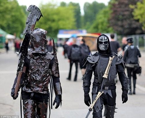 Những bộ trang phục thường liên quan tới cái chết