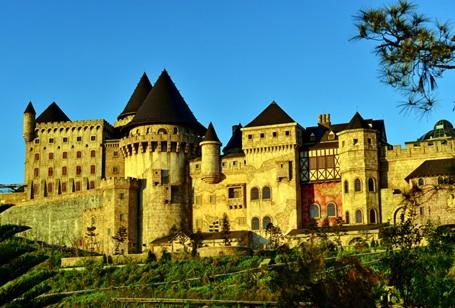 Eze là thị trấn miền duyên hải nước Pháp- nơi đã thôi thúc Pign thực hiện tham vọng