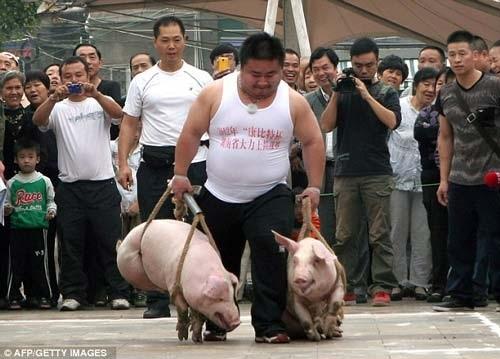 Cuộc thi lạ lùng này được tổ chức thường niên tại tỉnh Hồ