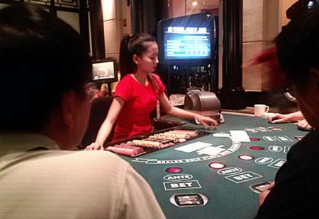 Một bàn chơi bài Poker