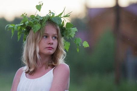 Một cô bé tại Lễ hội Hạ chí (Đêm trắng). (Nguồn: Sputniknews)