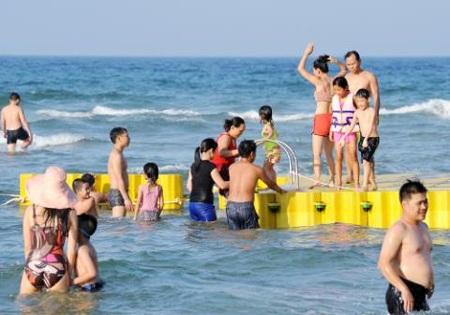 ề xuất lập khu bãi tắm riêng dành cho người mặc bikini