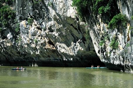 Vịnh Hạ Long - tác phẩm tạo hình kỳ diệu của thiên nhiên